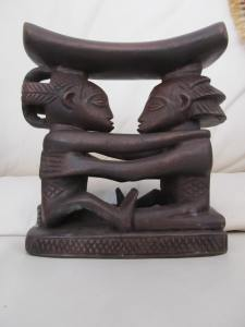 2 Luba Shankadi headrest